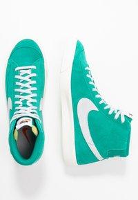 Nike Sportswear - BLAZER MID '77 UNISEX - High-top trainers - neptune green/pure platinum/sail - 2