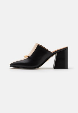 EQUESTRIAN LINK MULE  - Heeled mules - perfect black/dulce