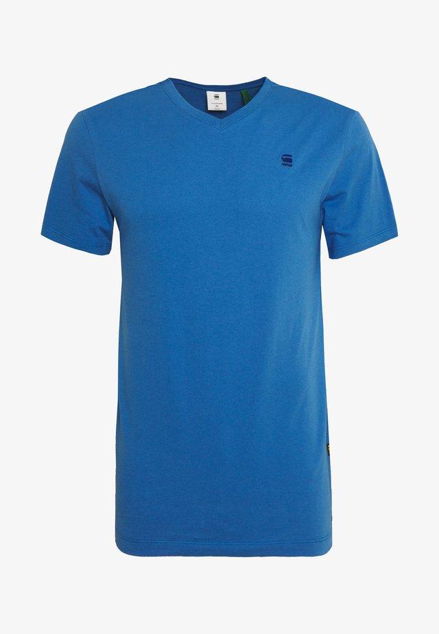 BASE-S V T S\S - T-shirt basique - thermen