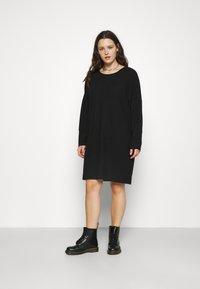Noisy May Curve - NMCITY BAT SHORT DRESS - Jersey dress - black - 0
