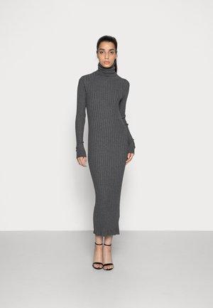 IMAN DRESS - Pletené šaty - dark grey