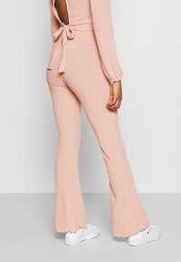 Miss Selfridge - TIE BACK KICKFLARE SET - Trousers - pink - 4