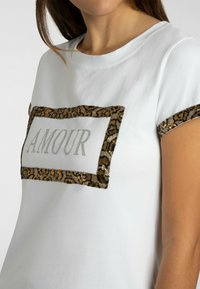 Apart - T-shirt imprimé - weiß - 3