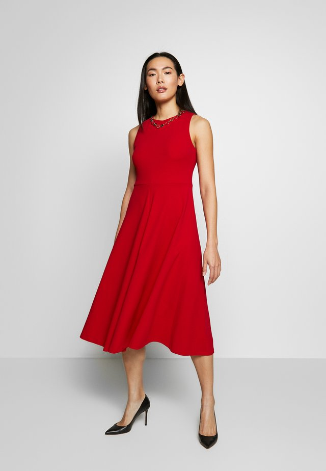 MIDI HANDKERCHIEF NECK TRIM - Jersey dress - scarlet