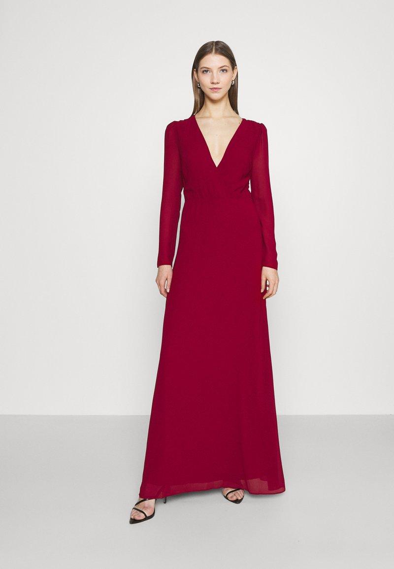 TFNC - RIHANNA  - Suknia balowa - dark red
