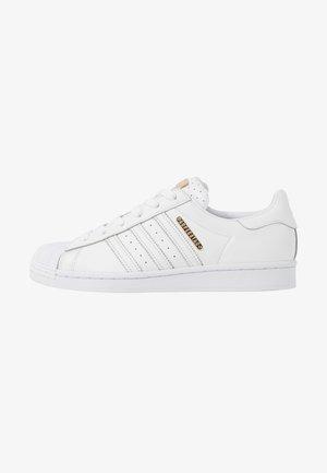 SUPERSTAR - Trainers - footwear white/gold metallic