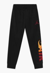 Jordan - JUMPMAN FIRE - Pantaloni sportivi - black - 0
