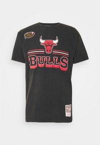 Mitchell & Ness - NBA CHICAGO BULLS FAN BANNER - Equipación de clubes - black - 4