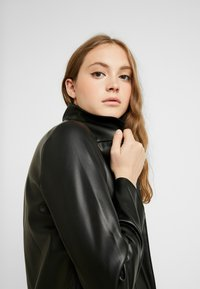 ONLY - ONLSOPHIA COAT - Korte frakker - black - 5