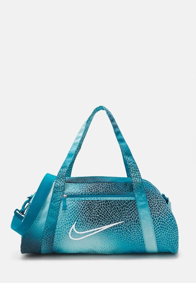 GYM CLUB BAG - Sportovní taška - cyber teal/white