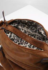 Tamaris - ULLA CROSSBODY BAG - Across body bag - brown - 4