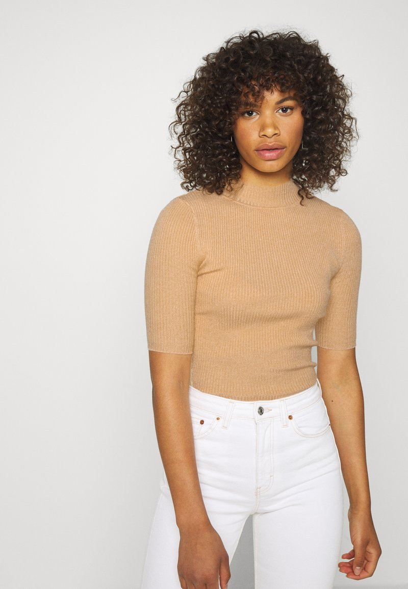 Glamorous Tall - MID SLEEVE HIGH NECK TOP - Jumper - beige