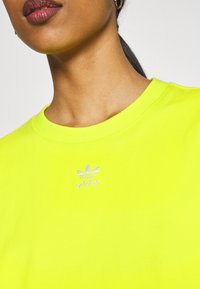 adidas Originals - TEE - T-shirt basic - acid yellow - 5