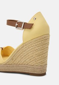 Tommy Hilfiger - ELENA - High heeled sandals - delicate yellow - 5