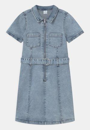 LINDA - Denimové šaty - blue denim