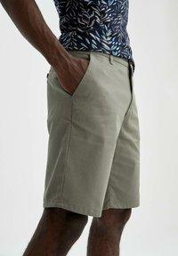 DeFacto - Shorts - khaki - 3