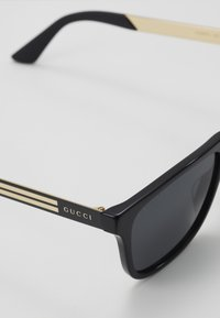 Gucci - Occhiali da sole - black/grey - 2