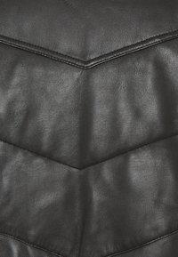 Schott - DOWN - Leather jacket - black - 2