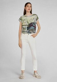 Oui - Print T-shirt - light grey green - 1