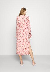 NA-KD - TIE STRAP OVERLAP DRESS - Day dress - rose - 2