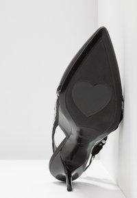 Love Moschino - Pumps - black - 6