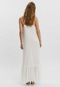 Vero Moda - Maxi dress - blanc - 2