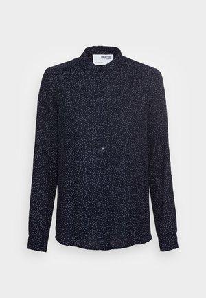 SLFSIGNA DYNELLA   - Button-down blouse - dark sapphire