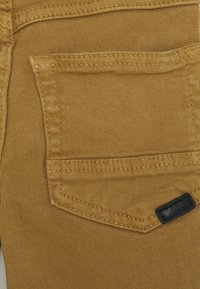 Name it - NMMTHEO TWIATOP PANT - Trousers - medal bronze - 2