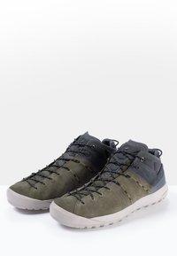 Mammut - HUECO MID GTX - Hiking shoes - iguana-dark titanium - 2
