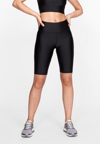 Röhnisch - SHINY BIKE - Shorts - black - 0