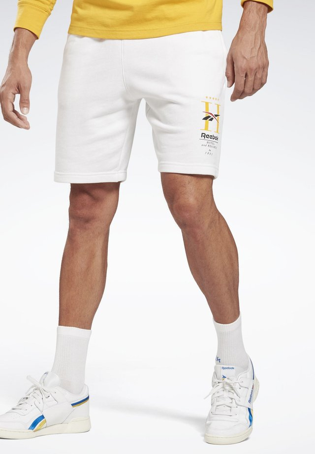 CLASSICS HOTEL SHORTS - Shorts - white