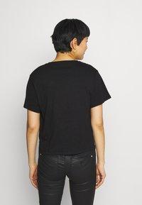 Guess - ANDINA  - Print T-shirt - jet black - 2