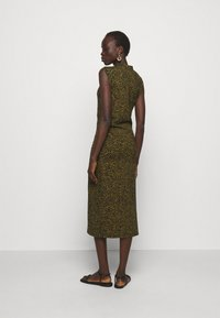 Proenza Schouler White Label - ABSTRACT SWIRL SHEER STRETCH DRESS - Robe longue - military/black - 2