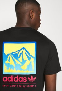 adidas Originals - SPORTS INSPIRED SHORT SLEEVE TEE - Camiseta estampada - black - 4
