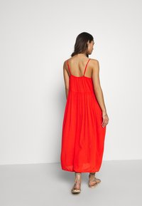 Vero Moda - VMMORNING MIDI DRESS - Ranta-asusteet - cherry tomato - 2