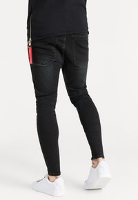 SIKSILK - EMBOSSED PRINT - Skinny džíny - black - 2