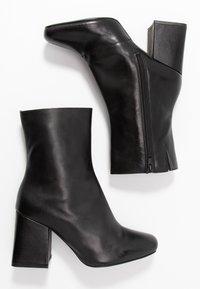 Even&Odd - LEATHER BOOTIE - Støvletter - black - 3