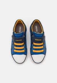 Geox - GISLI BOY - Trainers - royal/yellow - 3