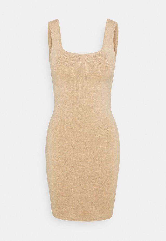 RIBBED NECK MIDI - Gebreide jurk - neutral brown