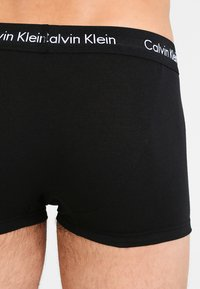 Calvin Klein Underwear - LOW RISE TRUNK 3 PACK - Bokserit - black - 2