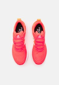 New Balance - TEMPO - Competition running shoes - red - 3