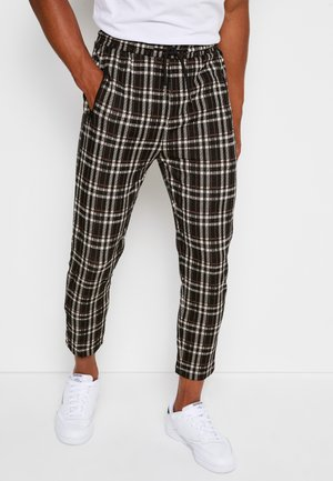 PANTS CROPPED - Trousers - black