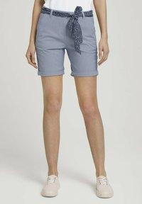 TOM TAILOR - Shorts - navy thin stripe - 0