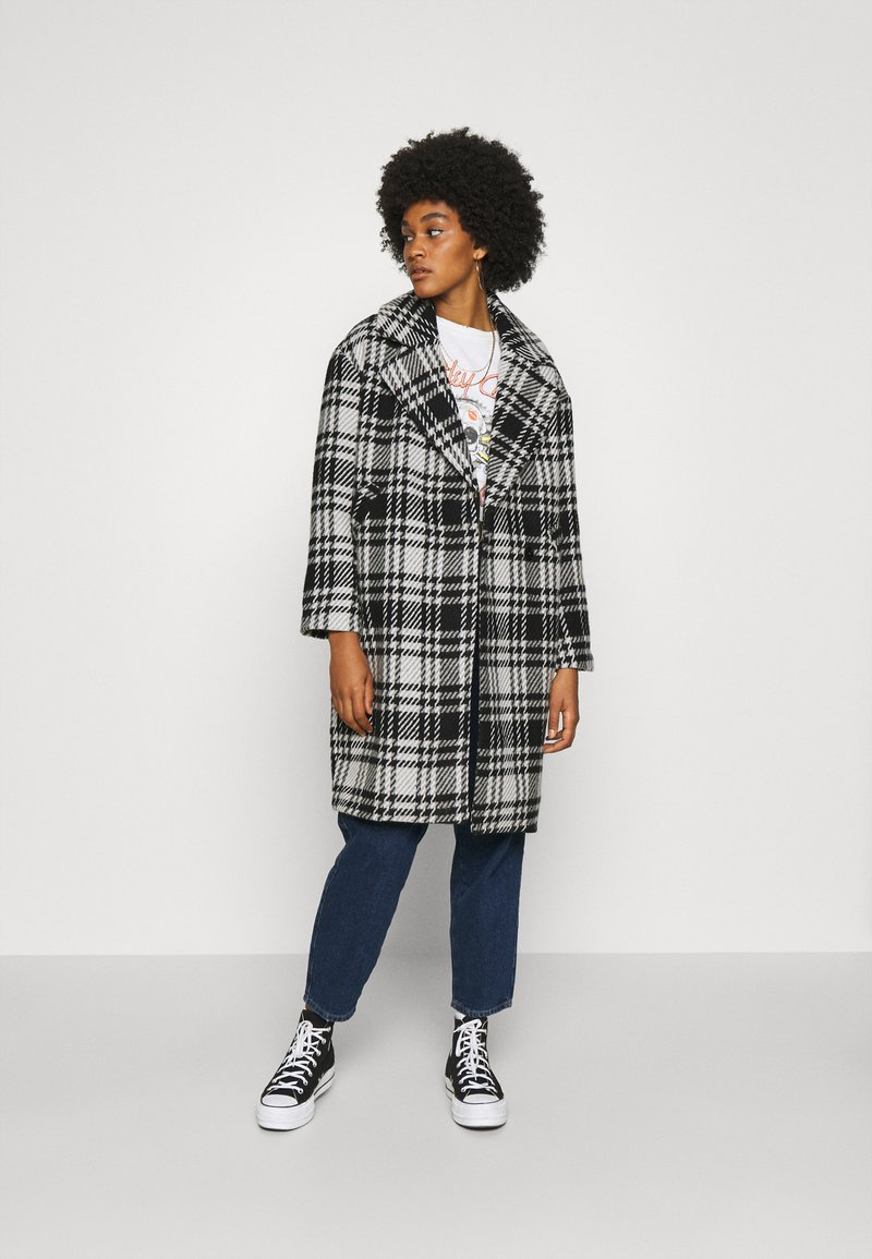 ONLY - ONLDAJANA CHECK COAT - Abrigo clásico - black/white