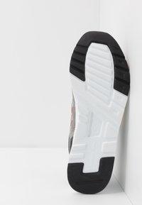 New Balance - 997 - Zapatillas - navy - 4