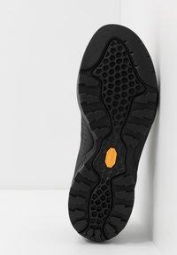 Scarpa - MOJITO ROCK - Zapatillas de senderismo - black - 4