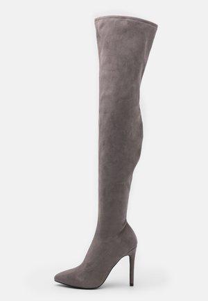 Boots med høye hæler - grey