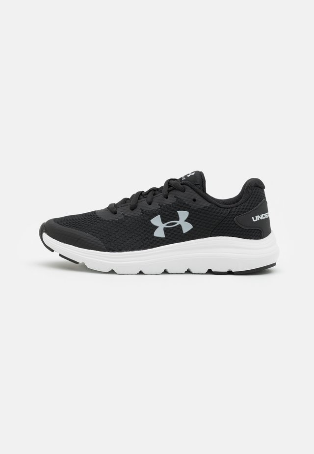 SURGE 2 UNISEX - Obuwie do biegania treningowe - black/white
