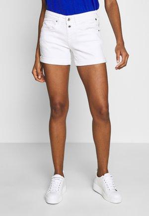 ROMIE NEW MAGIC - Shorts - bright white