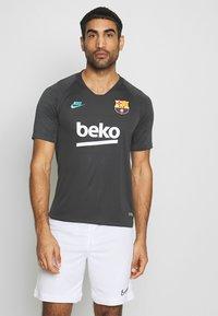 Nike Performance - FC BARCELONA - Klubové oblečení - smoke grey/dark grey - 0